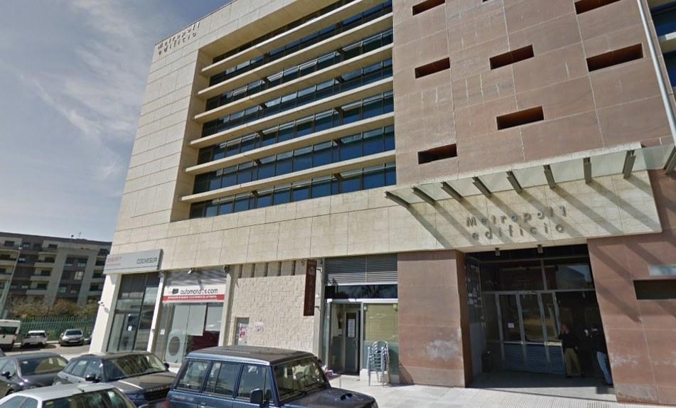 Nuevas oficinas de grupo externa en alicante y sevilla for Oficinas cajasol sevilla