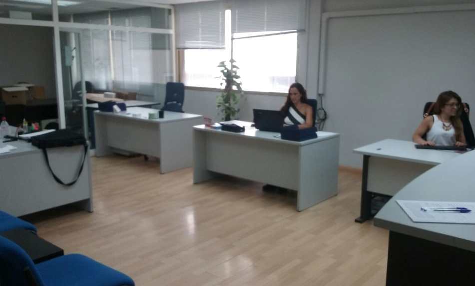 Nueva oficina de grupo externa en el norte de madrid for Oficina madrid centro