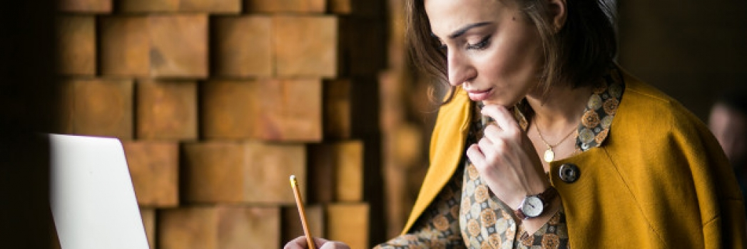 Cómo preparar un currículum por funciones o temático